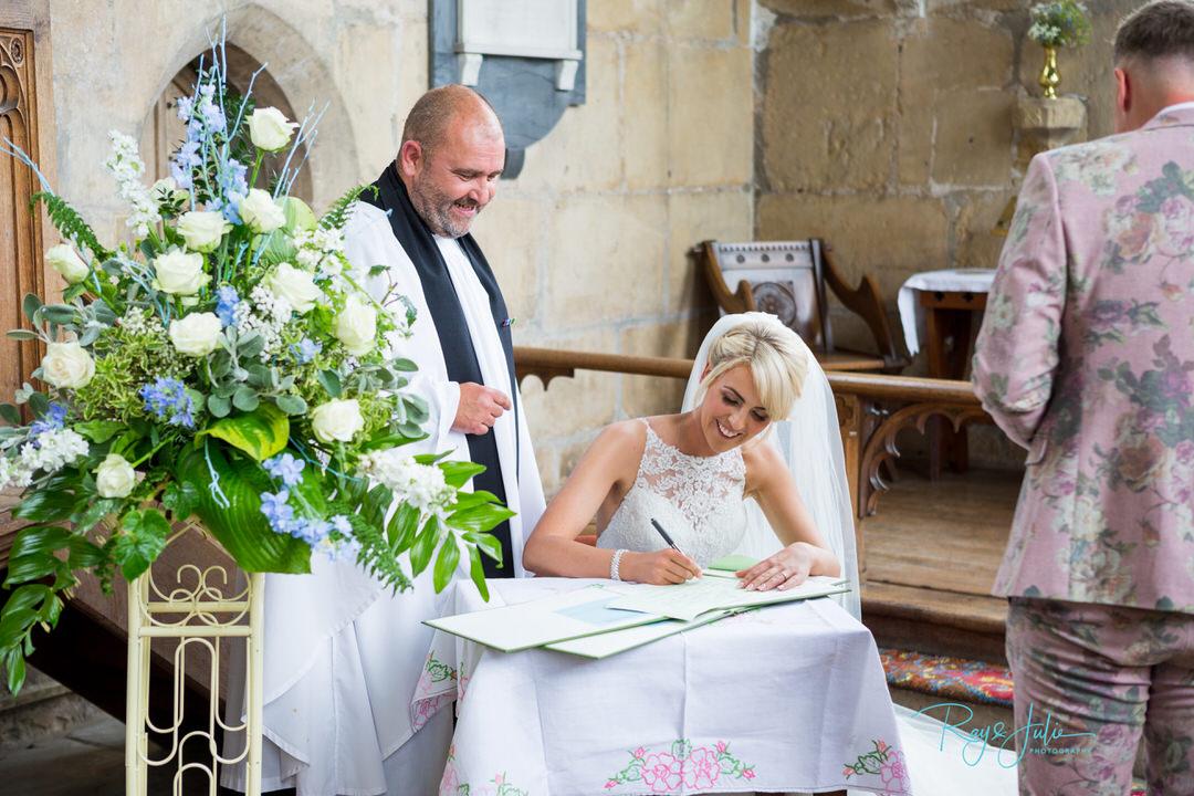 Floral design - Wedding dress