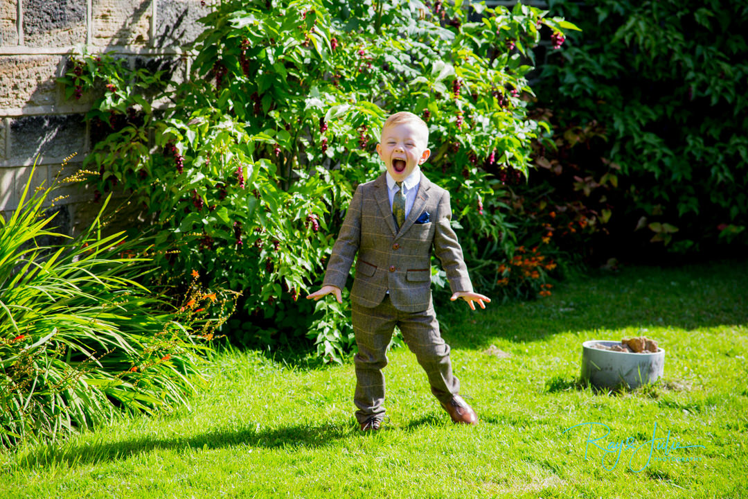 Pageboy having fun - Ray and Julie Photography
